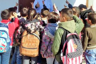 toivon kipinä romanilasten koulunkäynti koulureppu