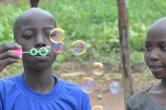 uganda entiset lapsisotilaat