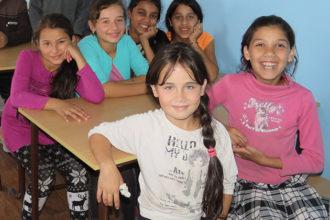 pasikan kylän iltapäiväkoulun tytöt