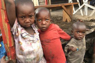 Kongon vakava humanitaarinen kriisi koskettaa etenkin lapsia.