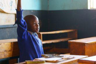 Koulutus tuo aina mukanaan näköaloja, tietoa ja toivoa paremmasta. Koulutus ohjaa kantamaan vastuuta.