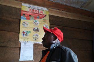 Ebola kylvää pelkoa Kongossa. Kuvassa Fidan Kongon maakoordinaattori Welongo Faizi.