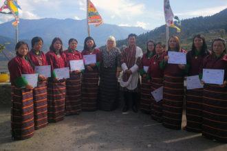 Bhutanissa asuva Riina Happonen kertoo elämästään suljetussa maassa.
